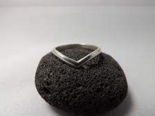 Sterling Silver 'V' Moonstone Ring